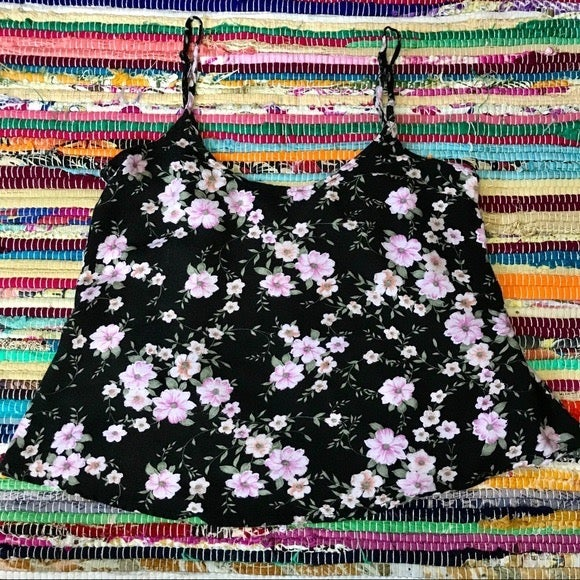 AEO ~ Floral open back crop top