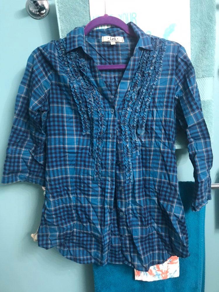 Blue plaid ruffle shirt