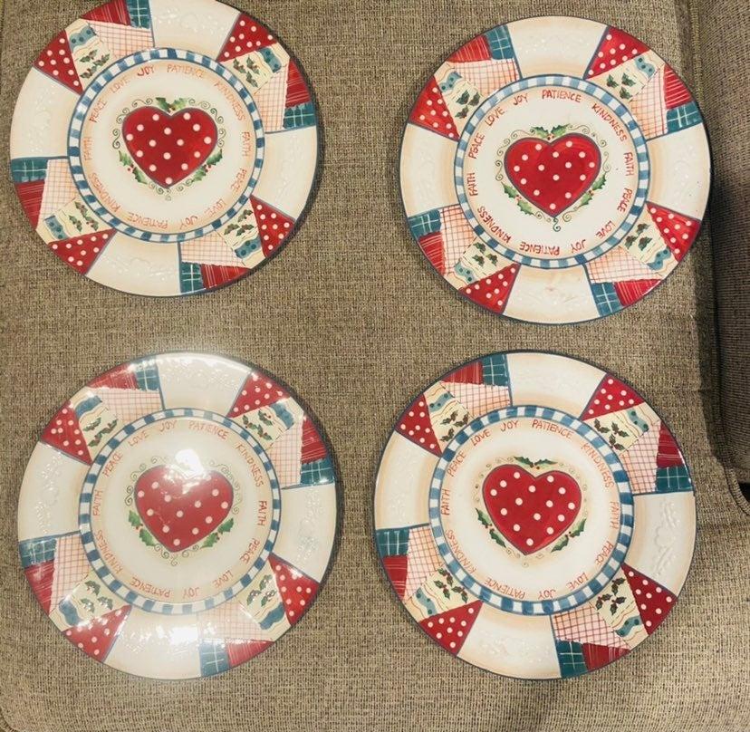 Vintage Christmas Dinner Plates
