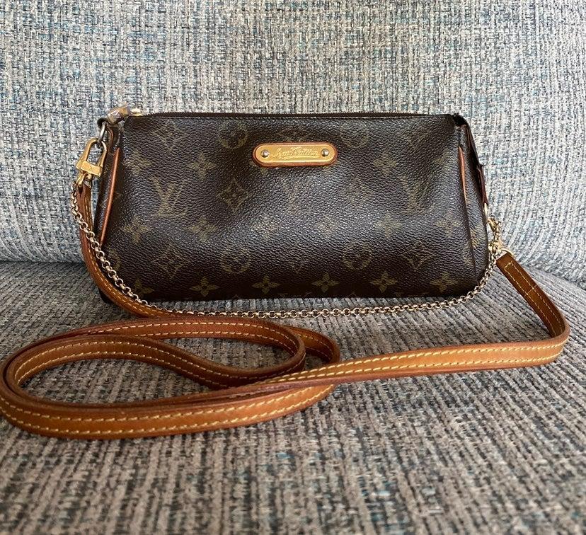 Louis Vuitton Eva Clutch Crossbody Purse