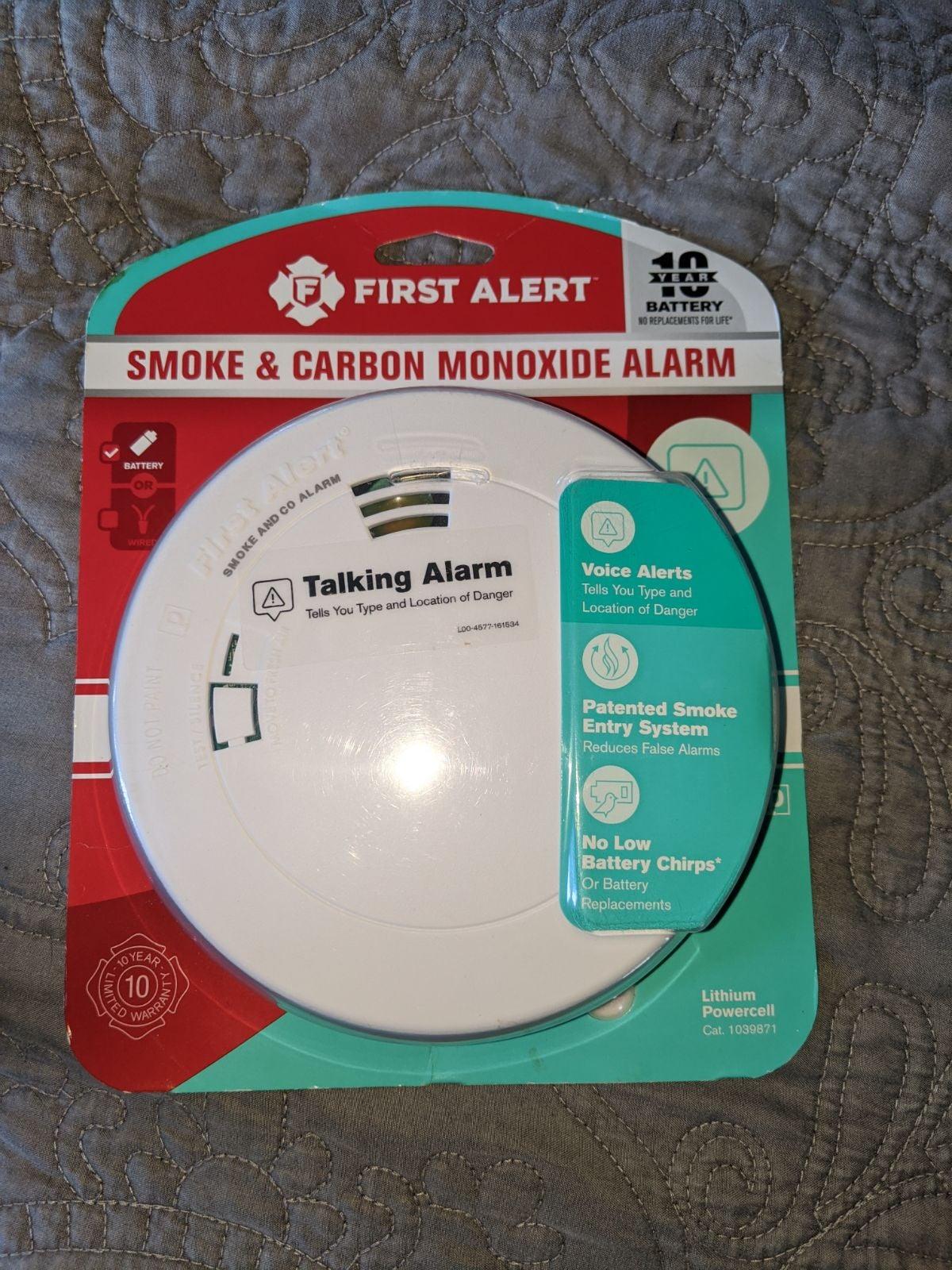 First alert smoke and carbon monoxide de