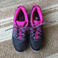 black cap toe shoes DSW And Hy Vee Partner To Sell Shoes At Supermarket s Site And
