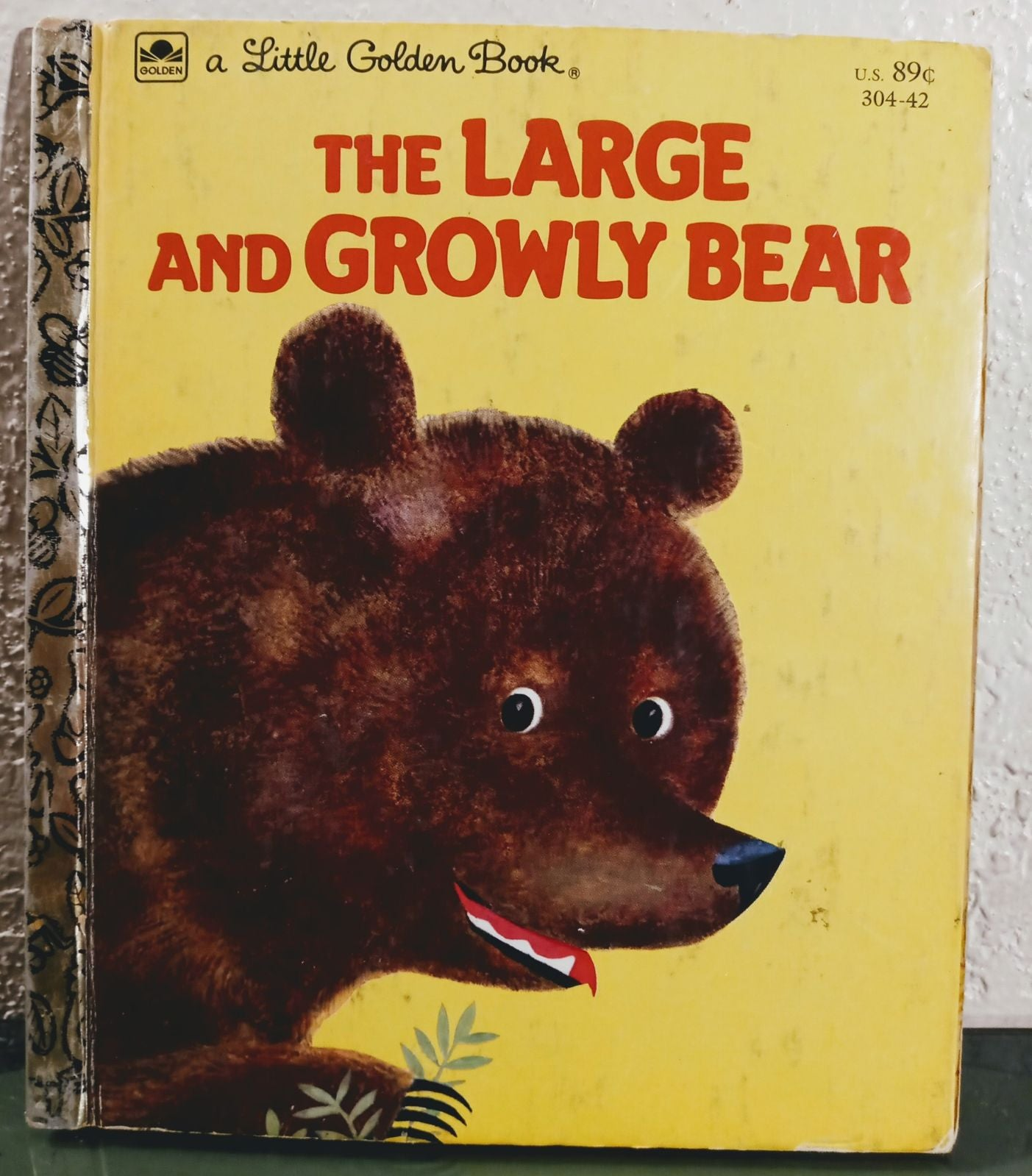 The Large and Growly Bear Golden book