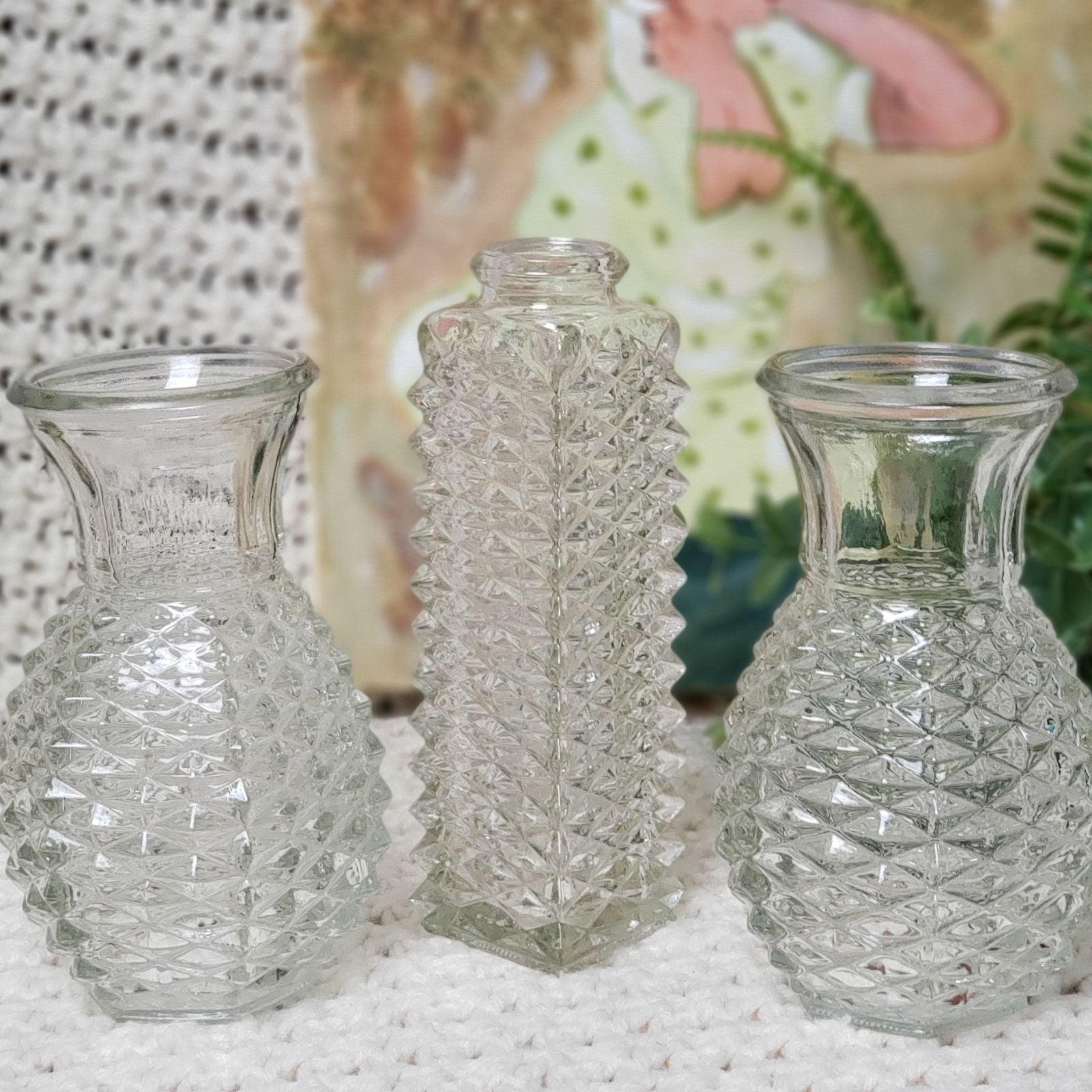 3 Beautiful Vintage FTD diamond cut Vase