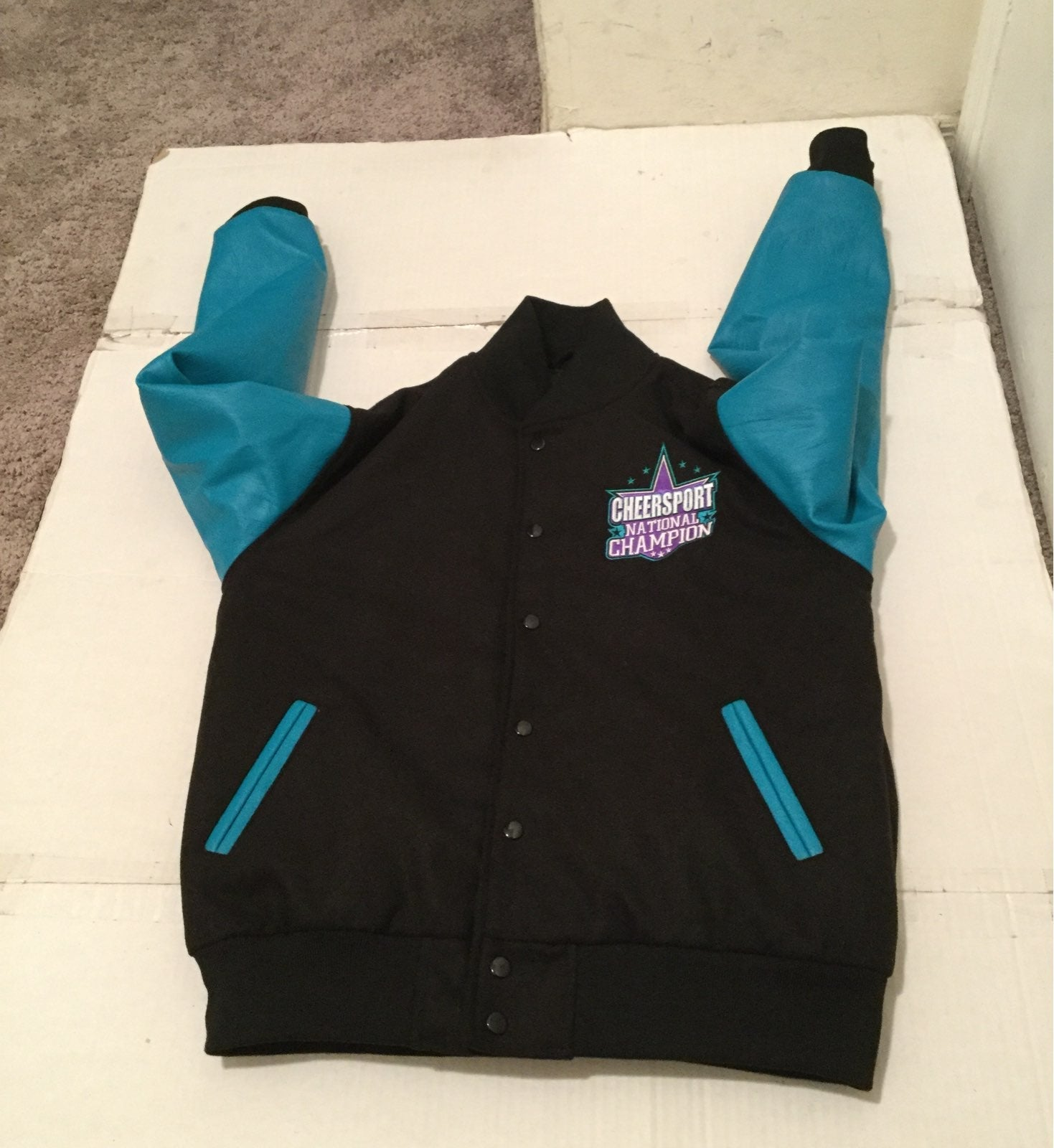MENS MEDIUM CHEERSPORT VASITY JACKET
