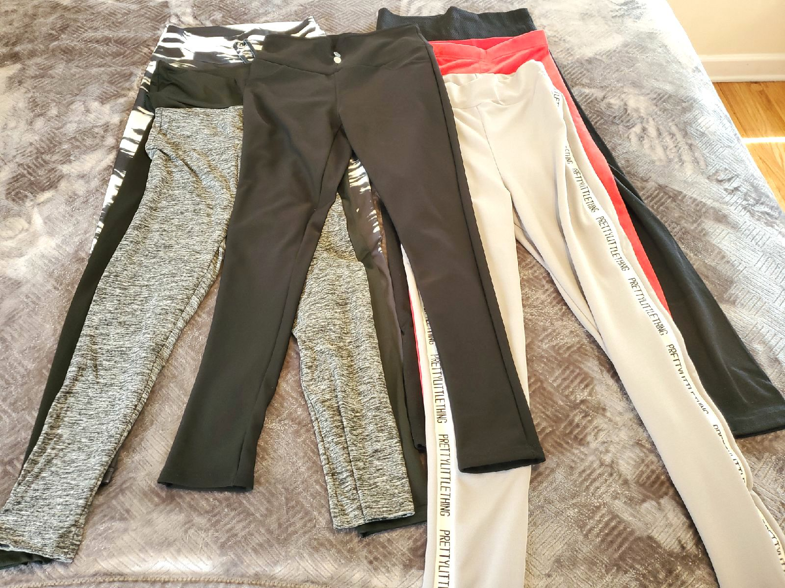 Bundle of Women's  Spandex Pants/7pc/S/M