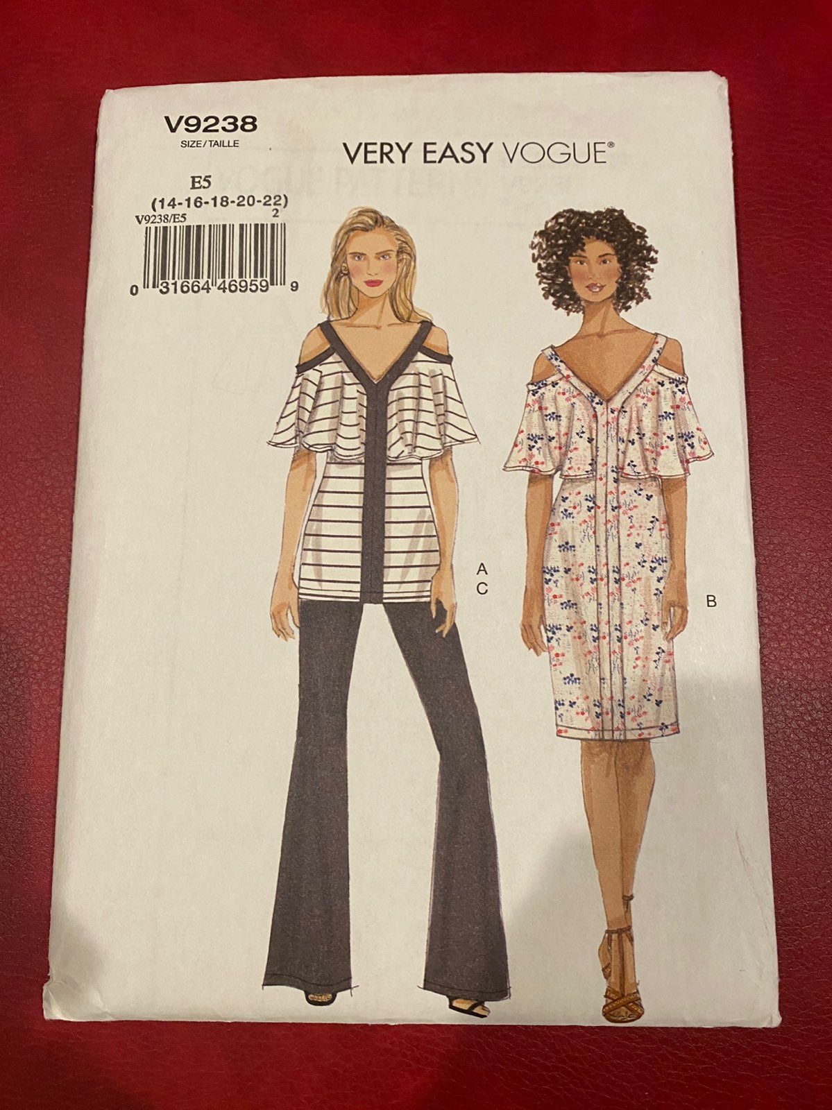 V9238 Vogue plus size sewing pattern