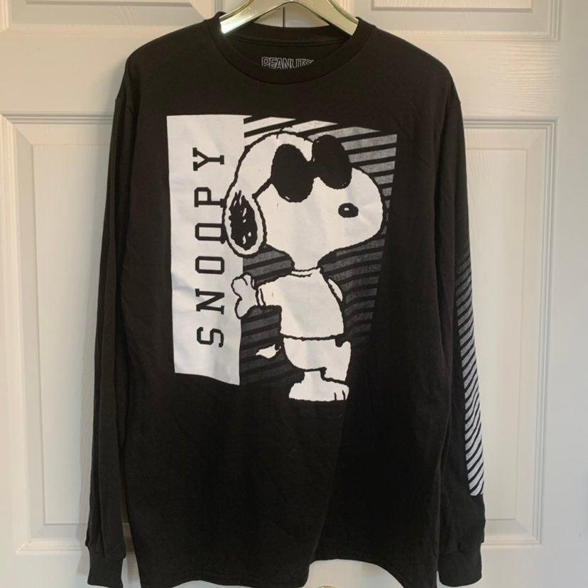 Snoopy Graphic Long Sleeve Tee