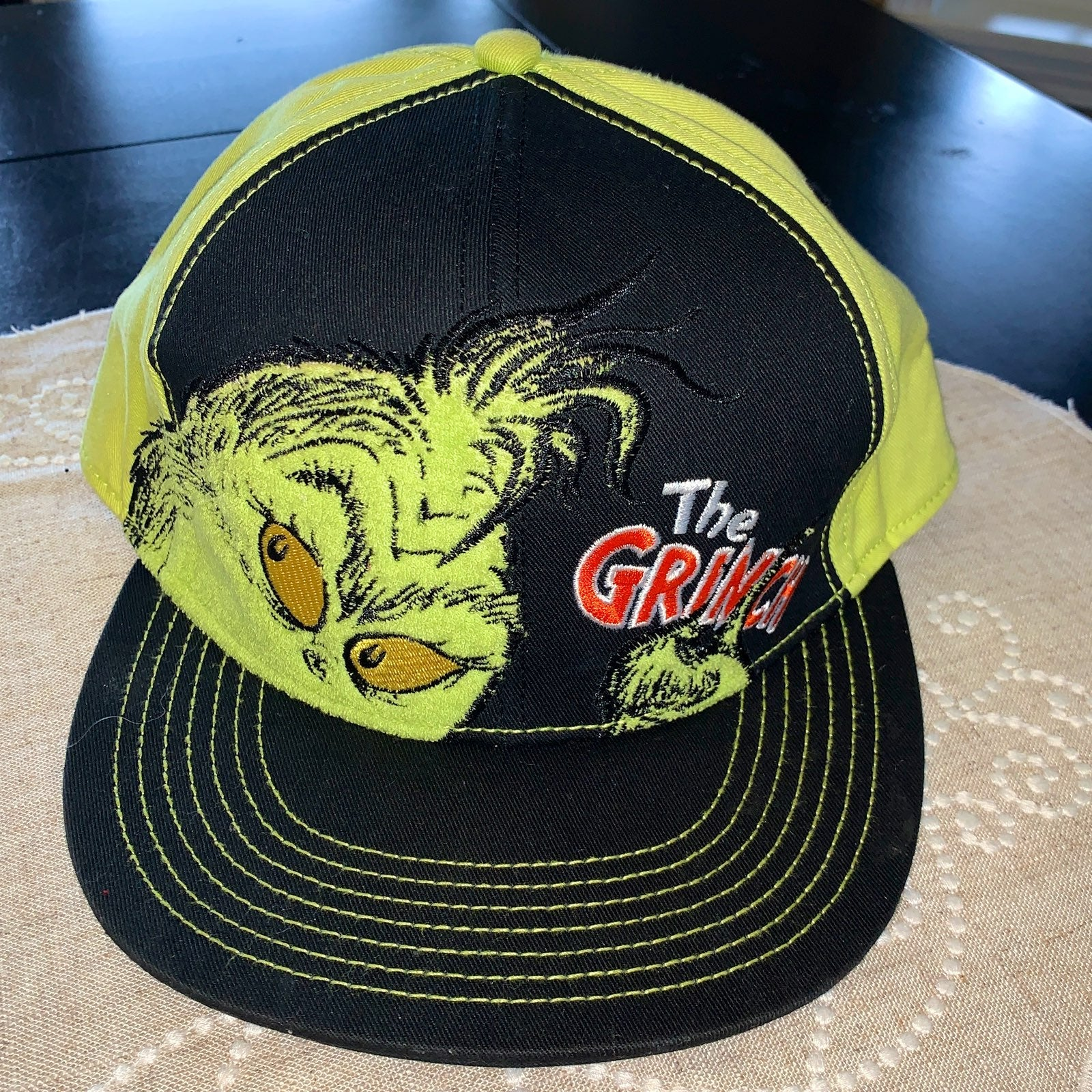 Dr Suess The Grinch & Max Cap