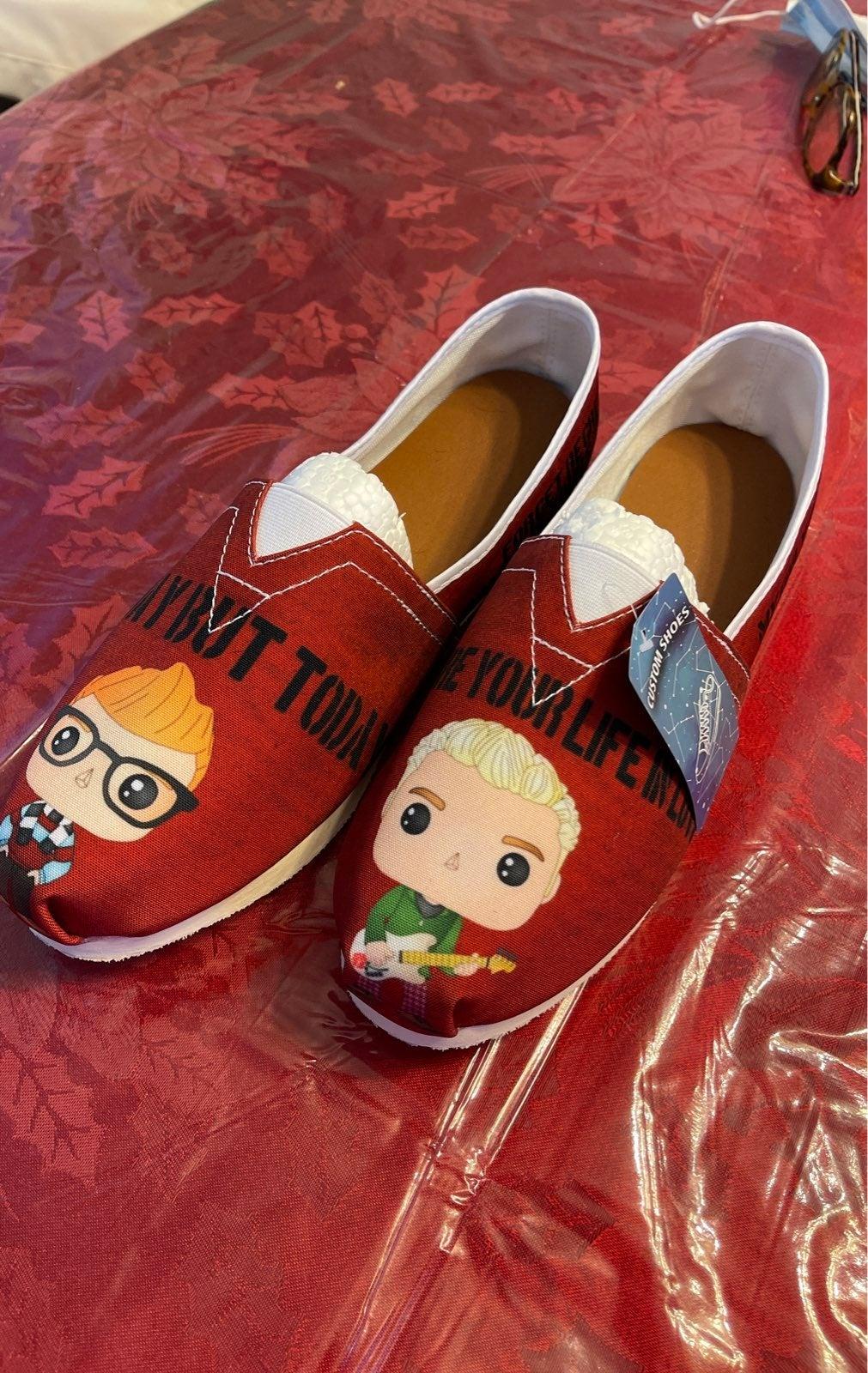 Aquila custom RENT Funko pop shoes 11