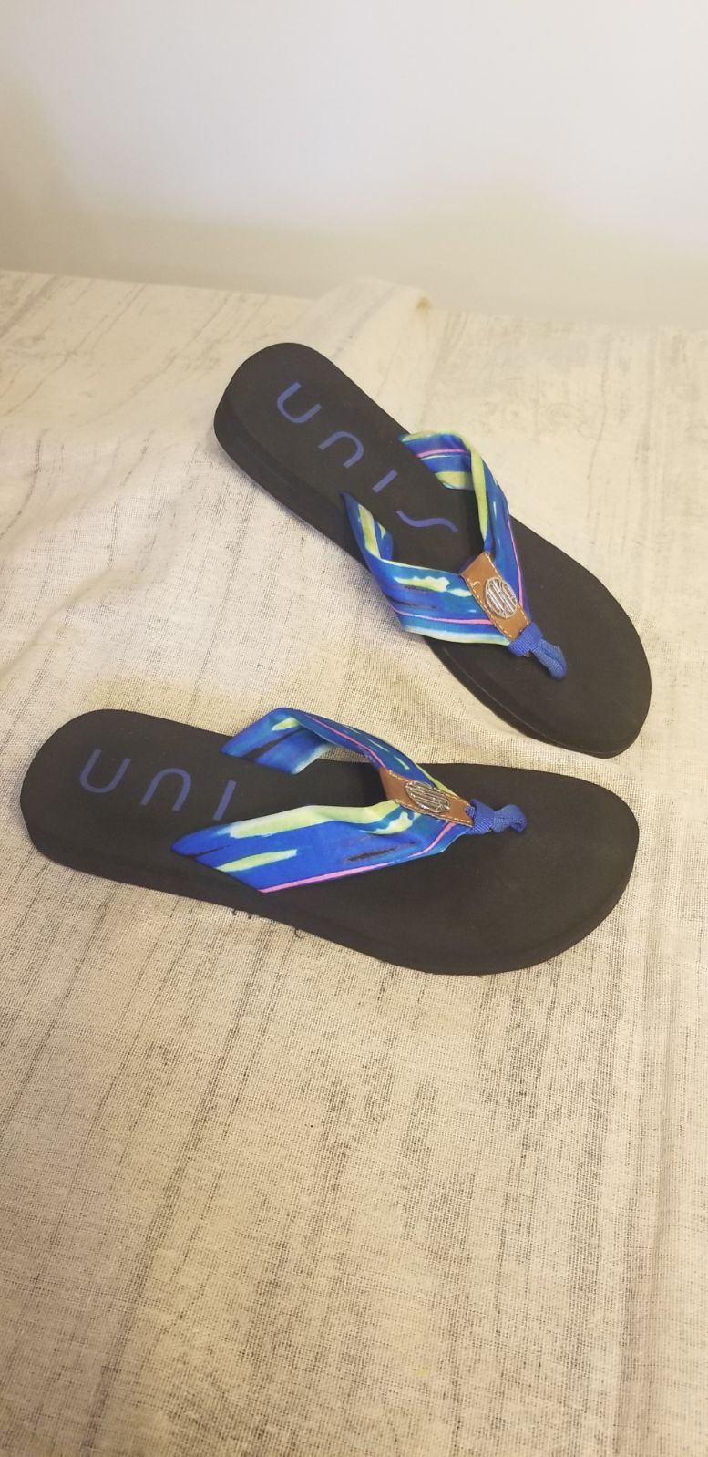 Unisa flip flops size 7 ladies