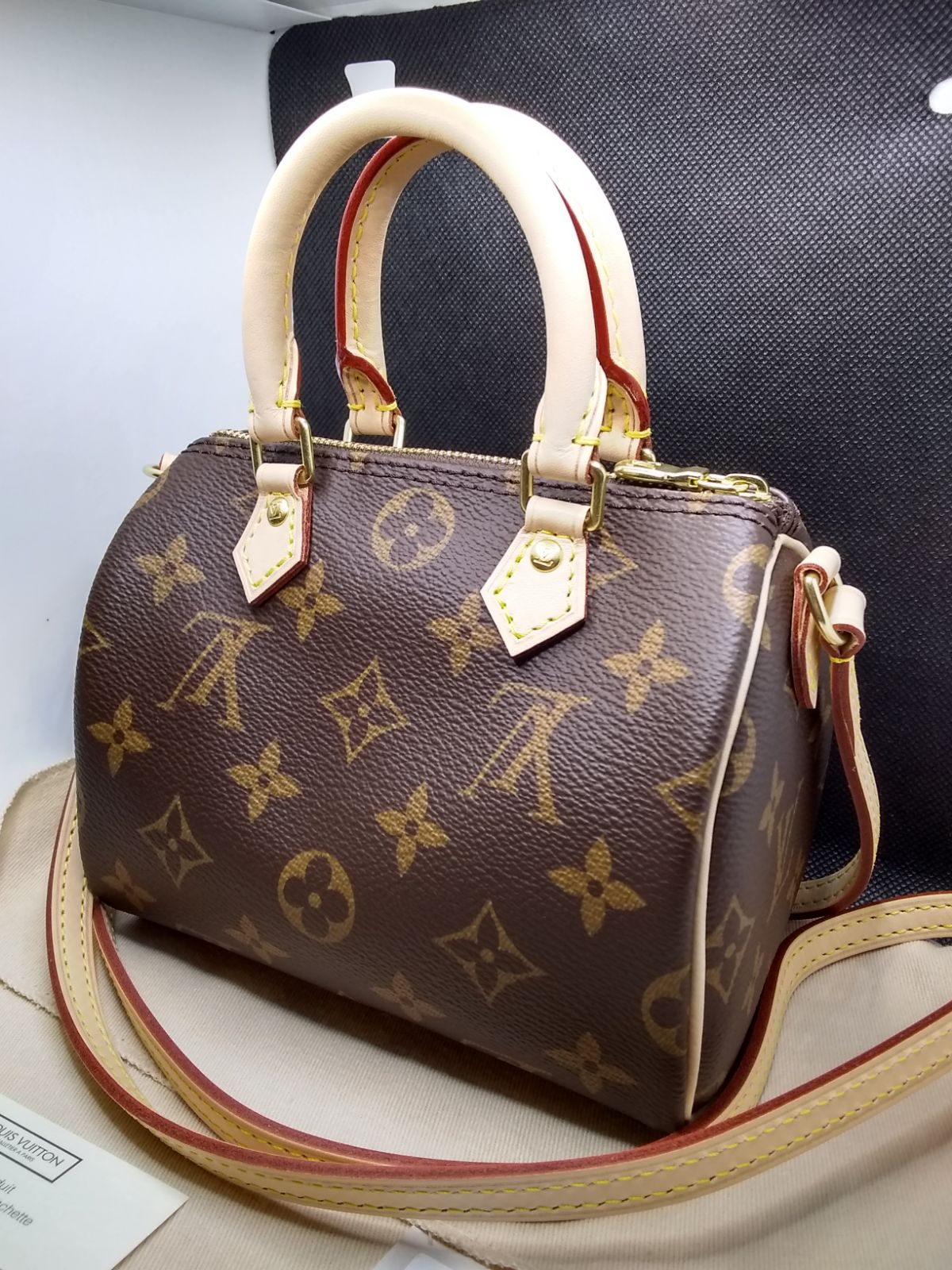 Louis Vuitton Nano Speedy NEW!!!!