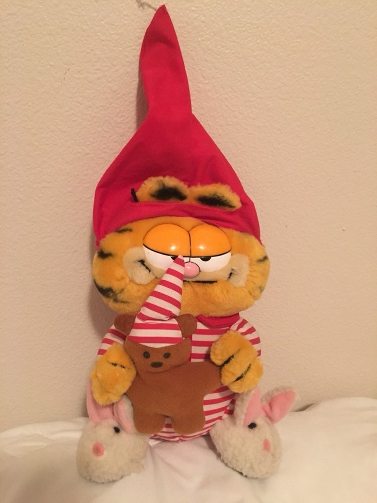 Vtg Sleepy Garfield with Bunny Slippers
