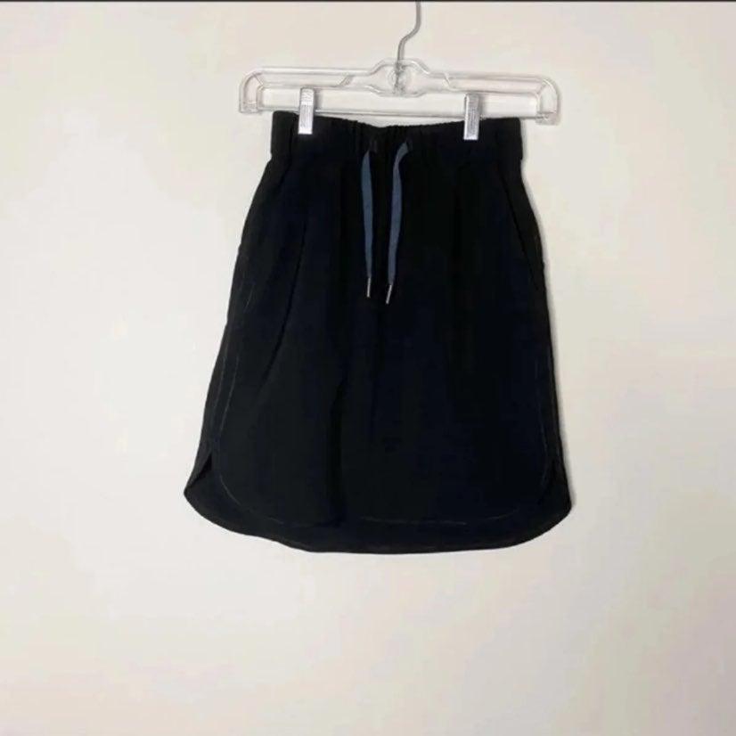 LULULEMON On The Fly Black Skirt