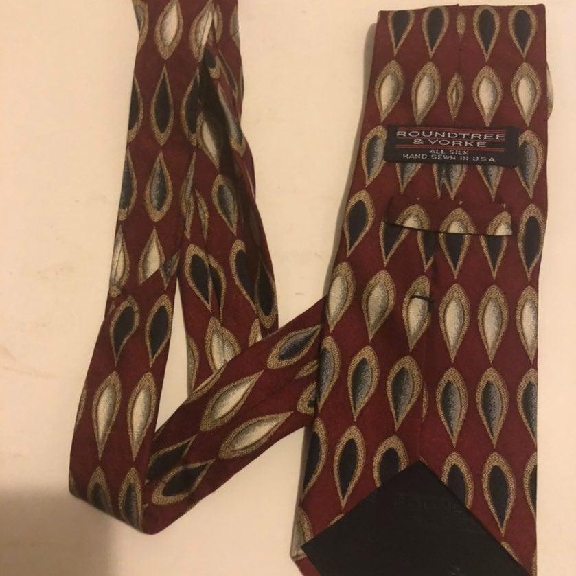 Roundtree & Yorke Necktie