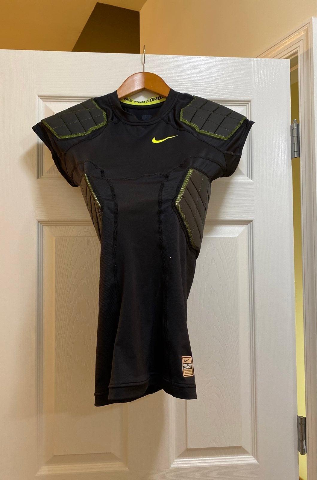Nike Pro Combat Football protection