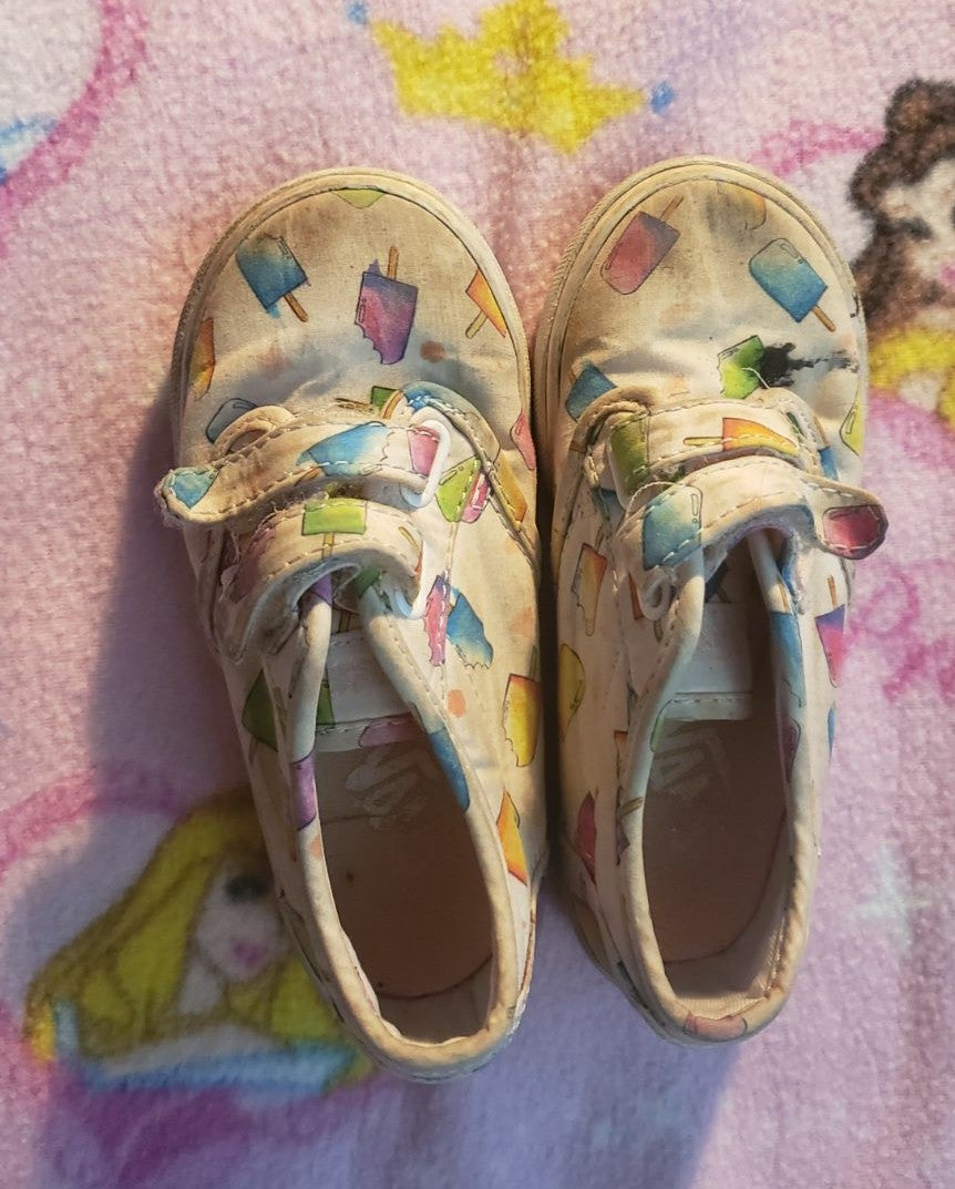 Toddler ice cream vans size 9c