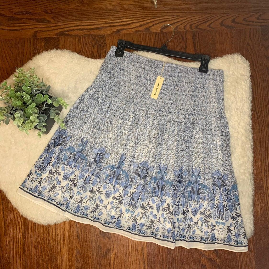 Max Studio Blue White Floral Print Skirt