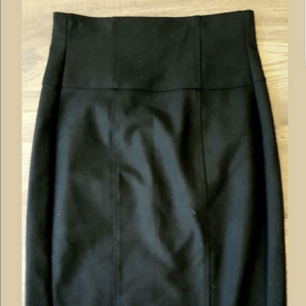 black skirt size 2 Benetton
