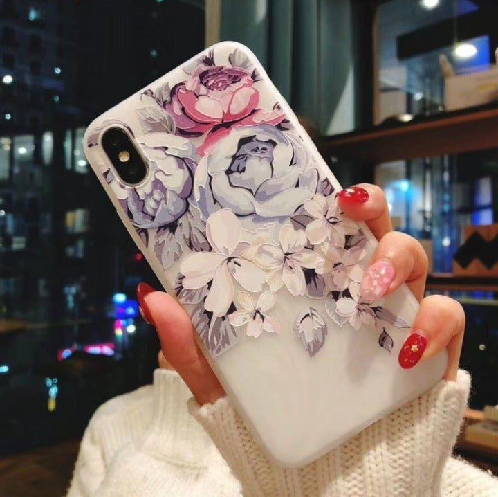 iPhone 7/8 Case Embossed Flower GG NEW