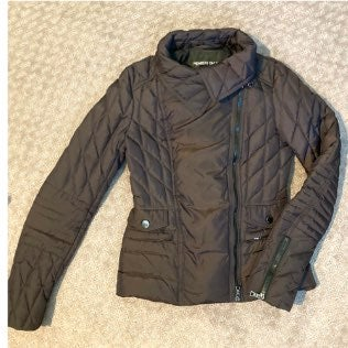 NWOT Members Only puffer jacket.
