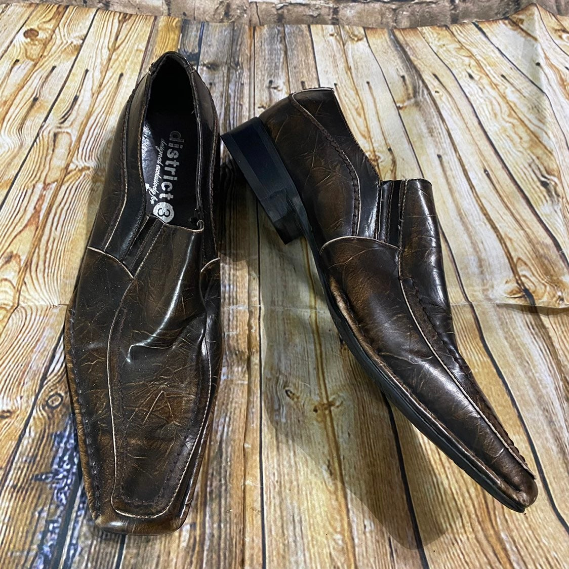 Buckle District 3 Pitheon Loafers SZ 9.5