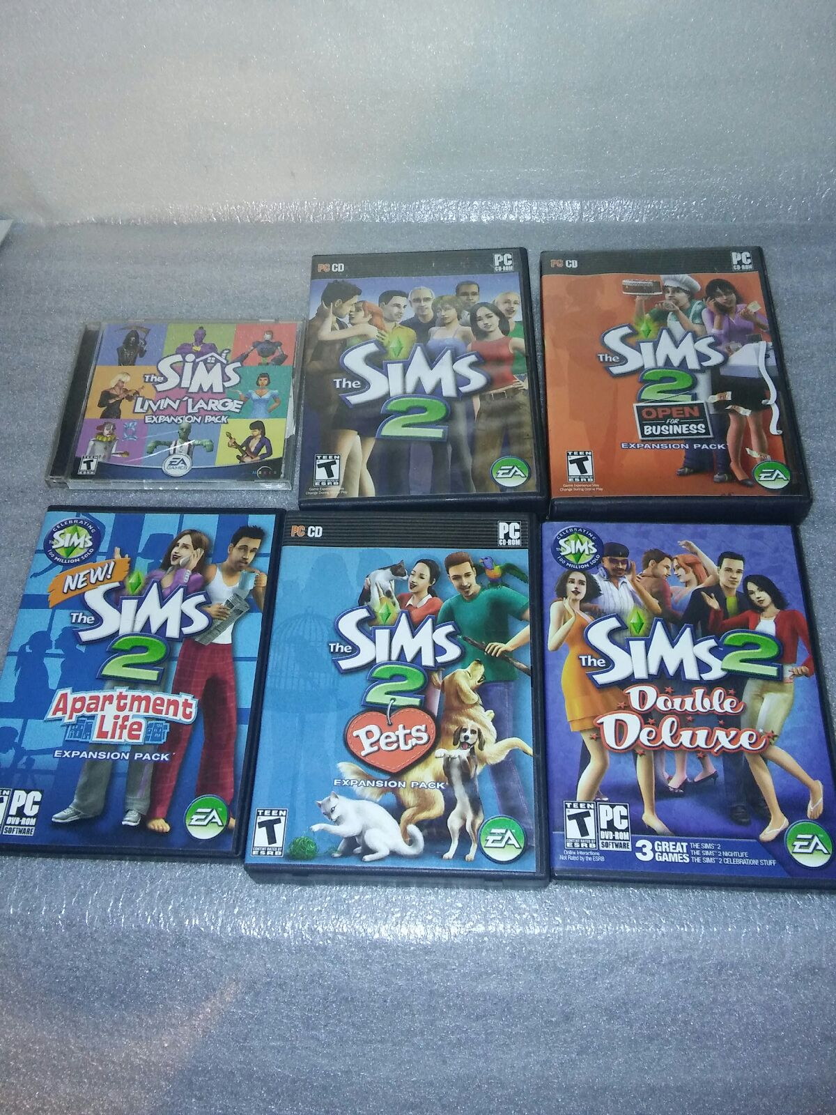The sims 2 pc game pets deluxe apt life