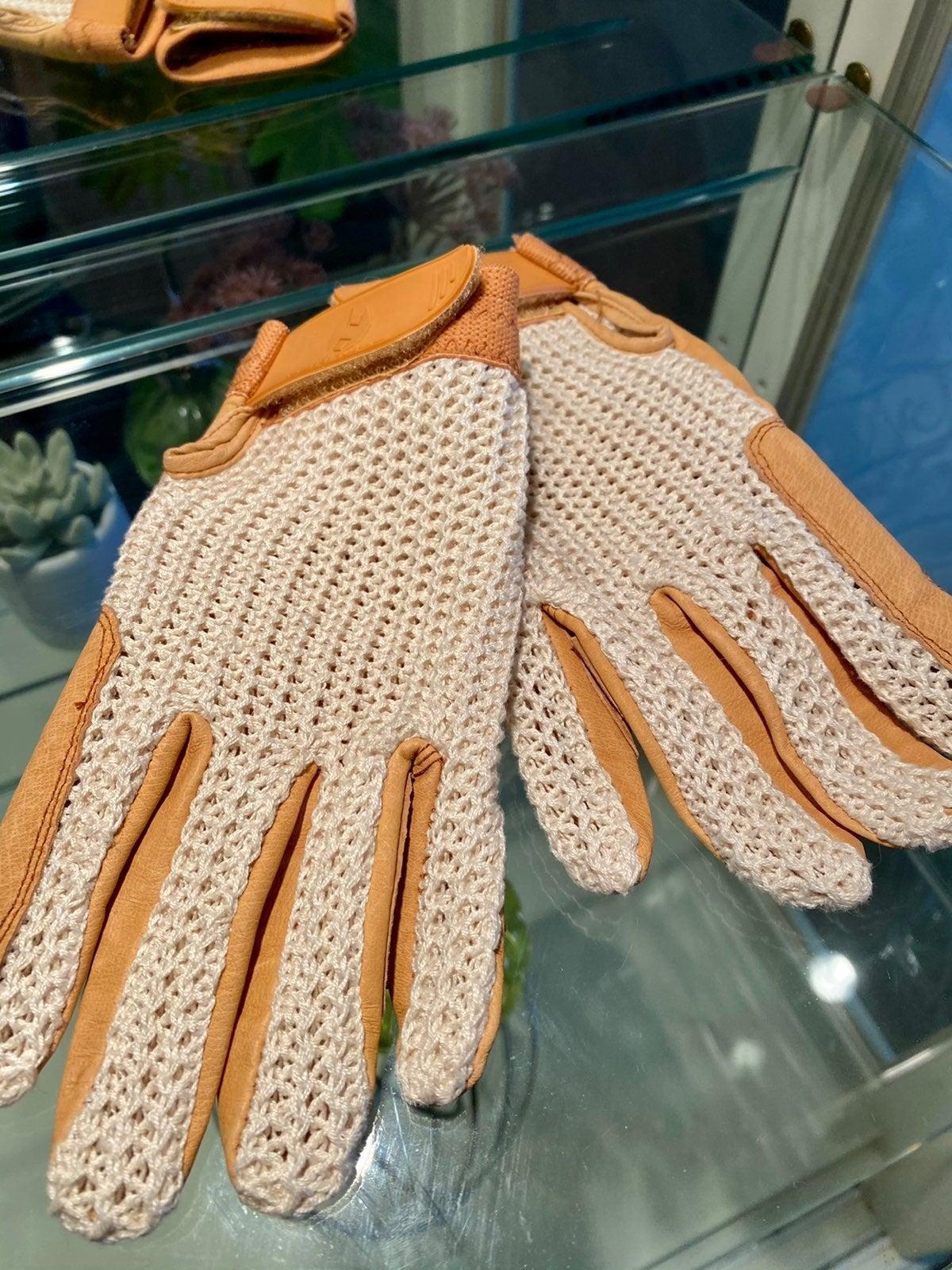 Heritage Crochet Horseback Riding Gloves