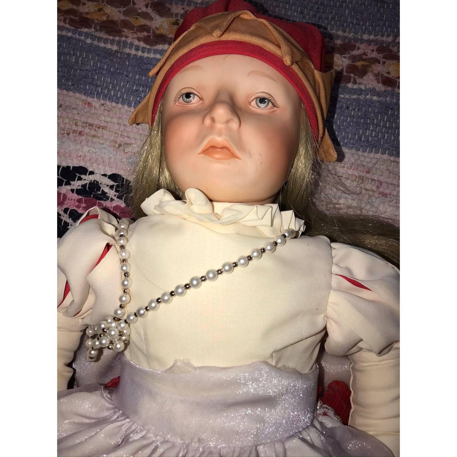 Alice In Wonderland Vintage Doll