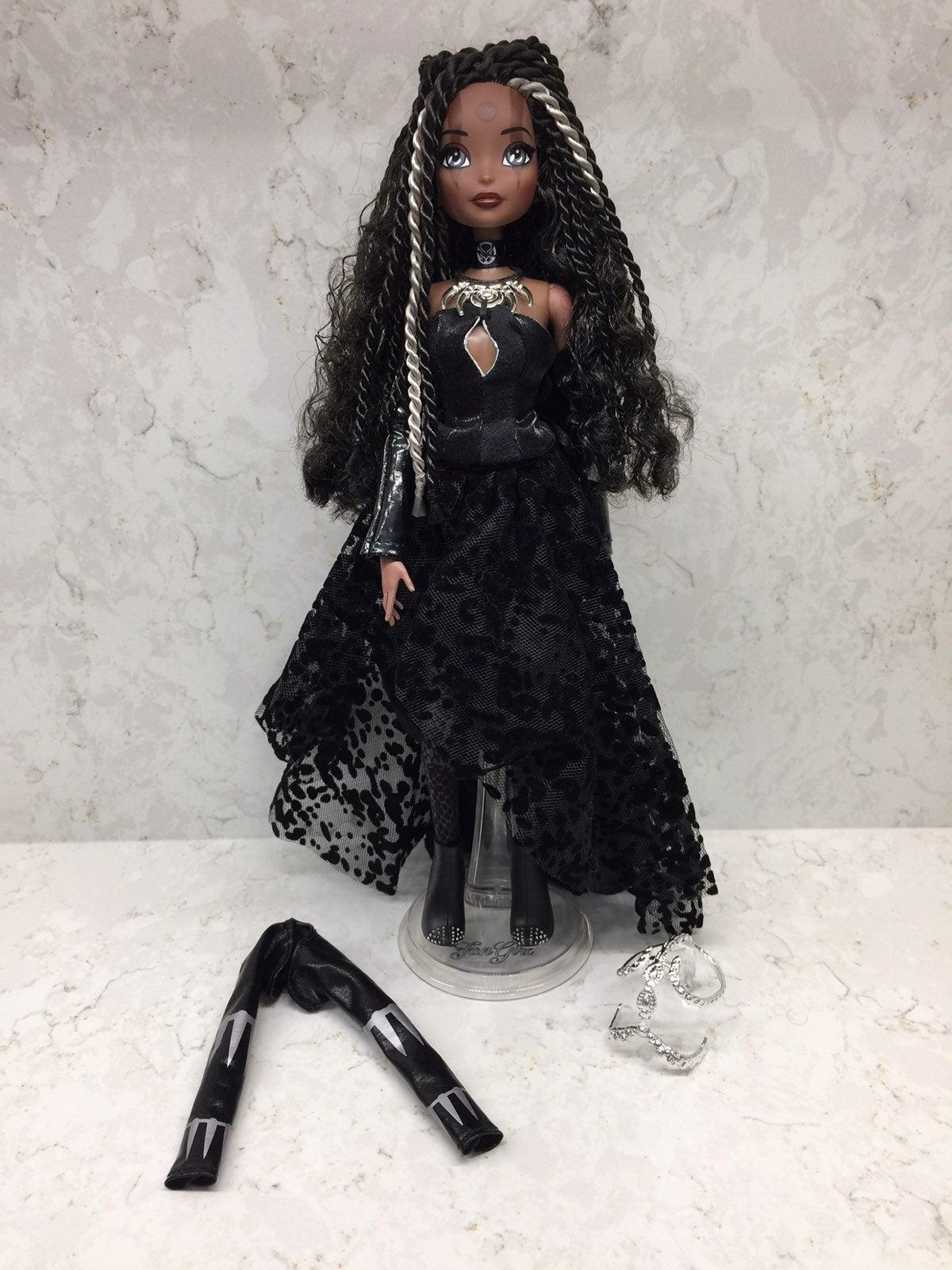Madame Alexander Fan Girl Black Panther