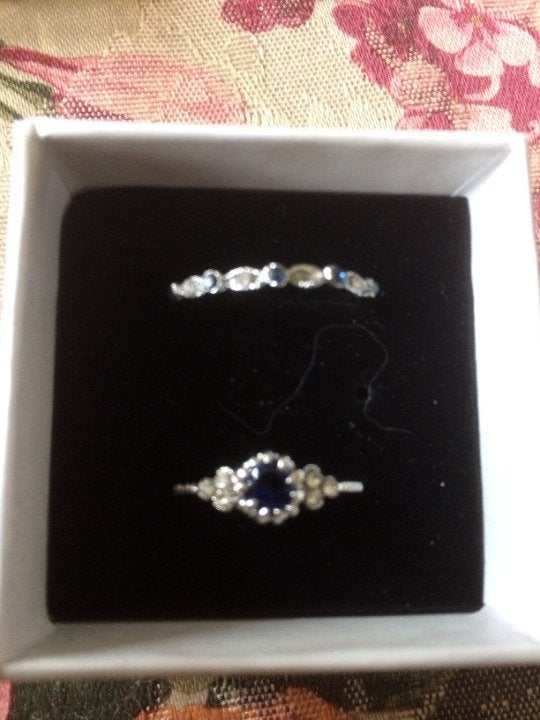 Zallure 2 ring set in Blue stone size 8