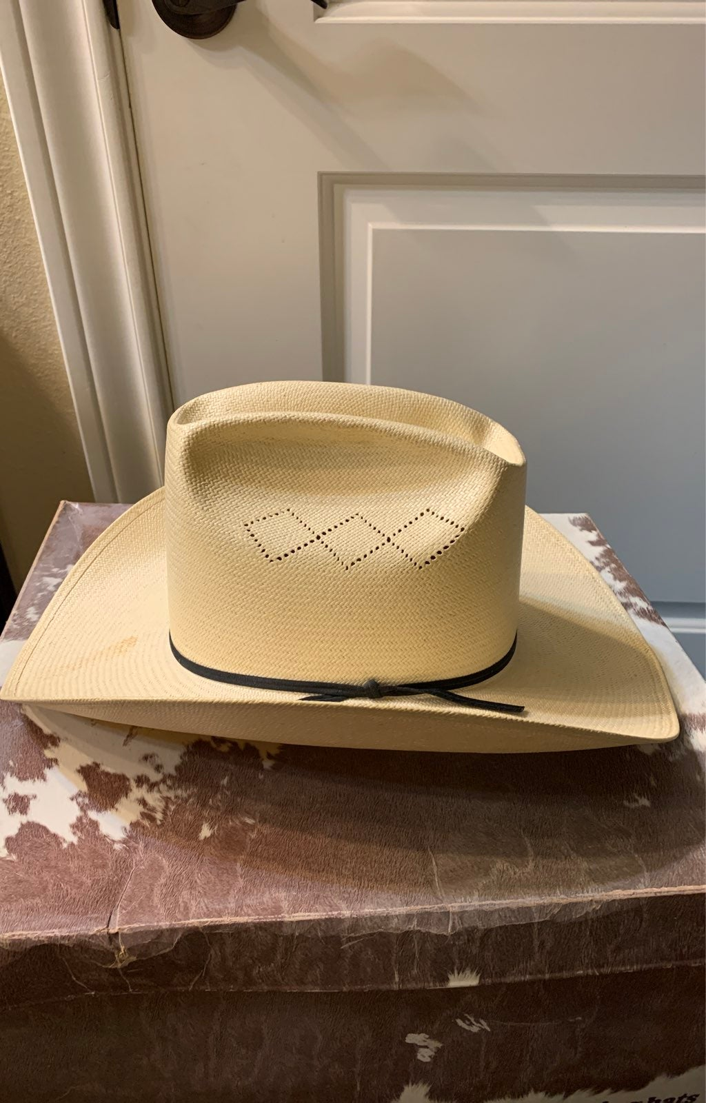 Resistol straw cowboy hat