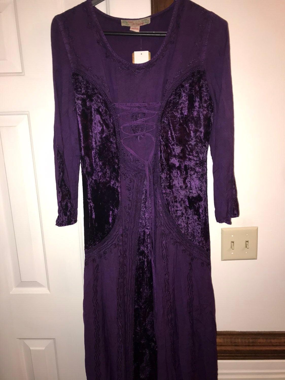 Dress purple renaissance velvet corset