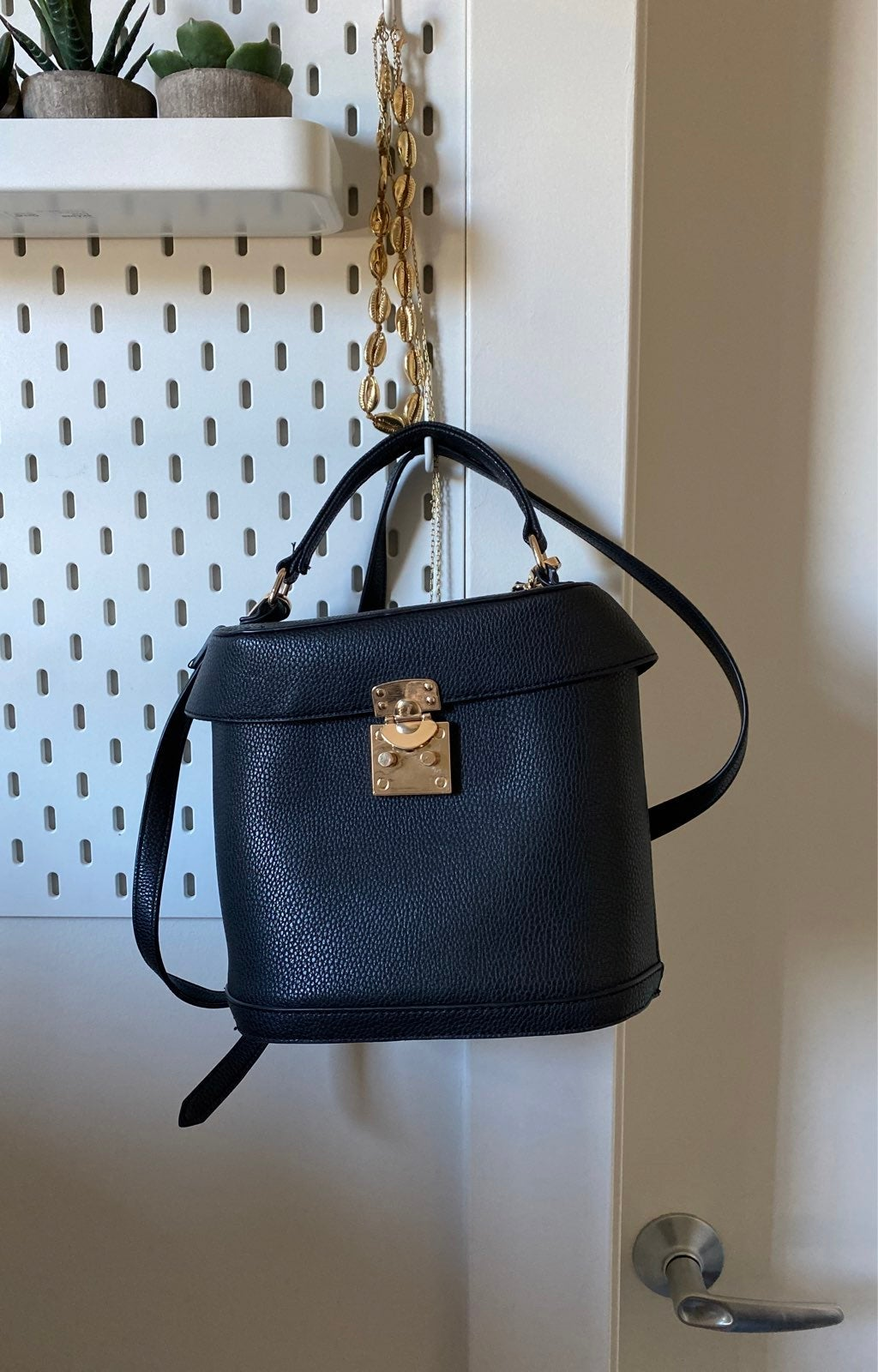 Purse bucket bag crossbody
