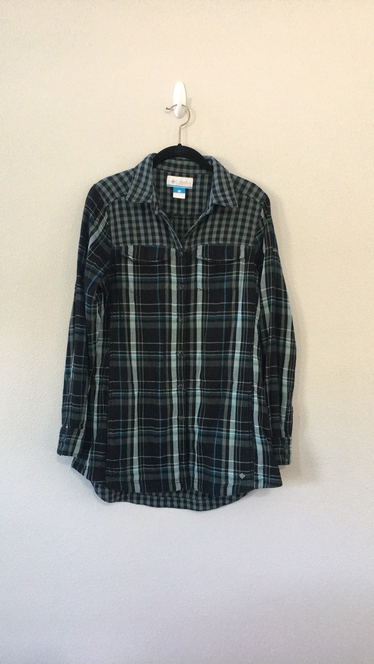 Columbia Shirt/Jacket Size Large
