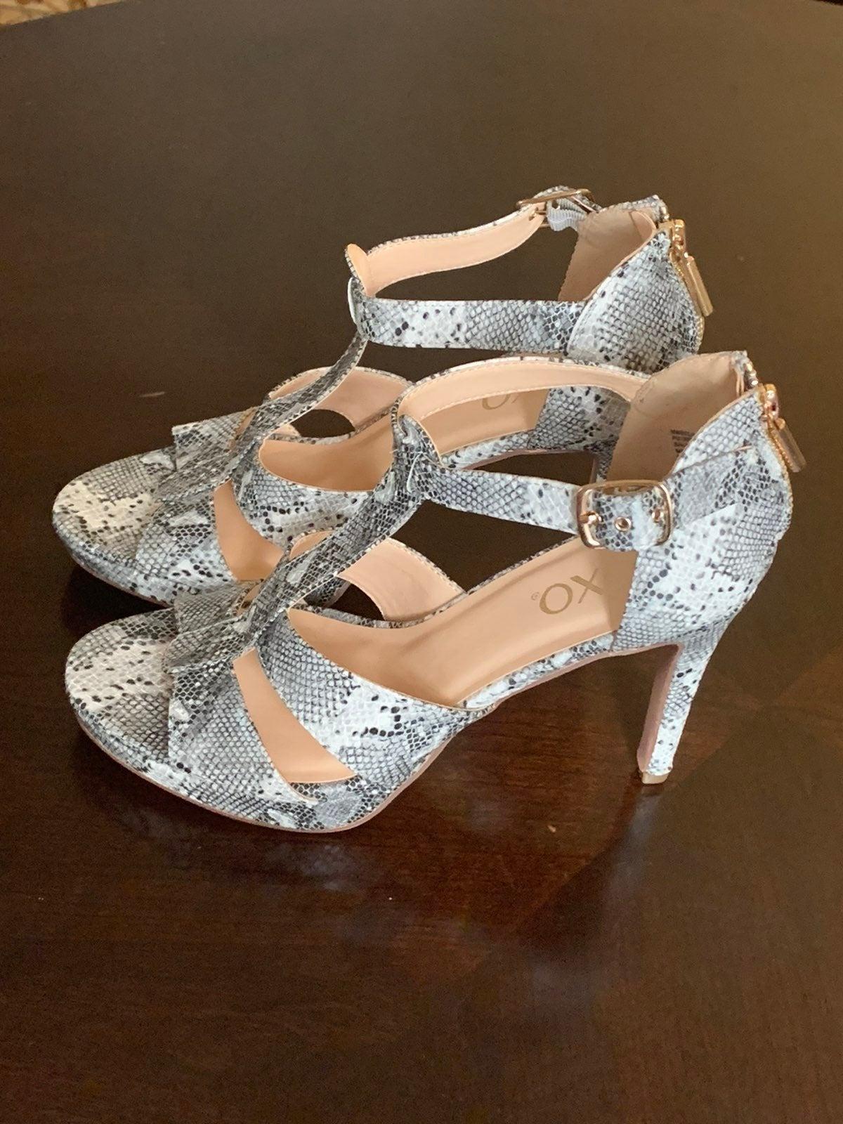 XOXO Womens Blenda platform dress sandal