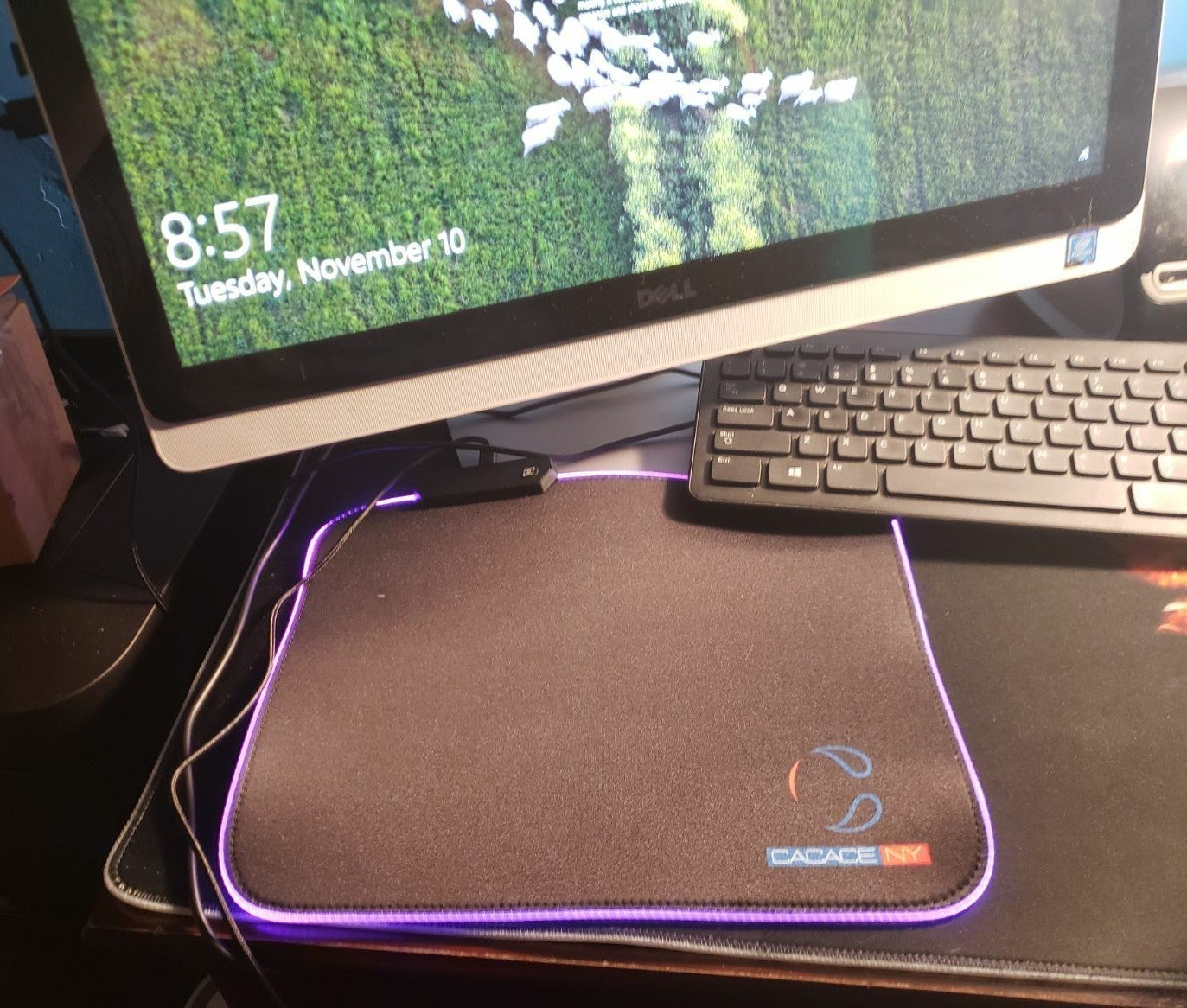 RGB gameing LED LIGHT up mouse pad nwt