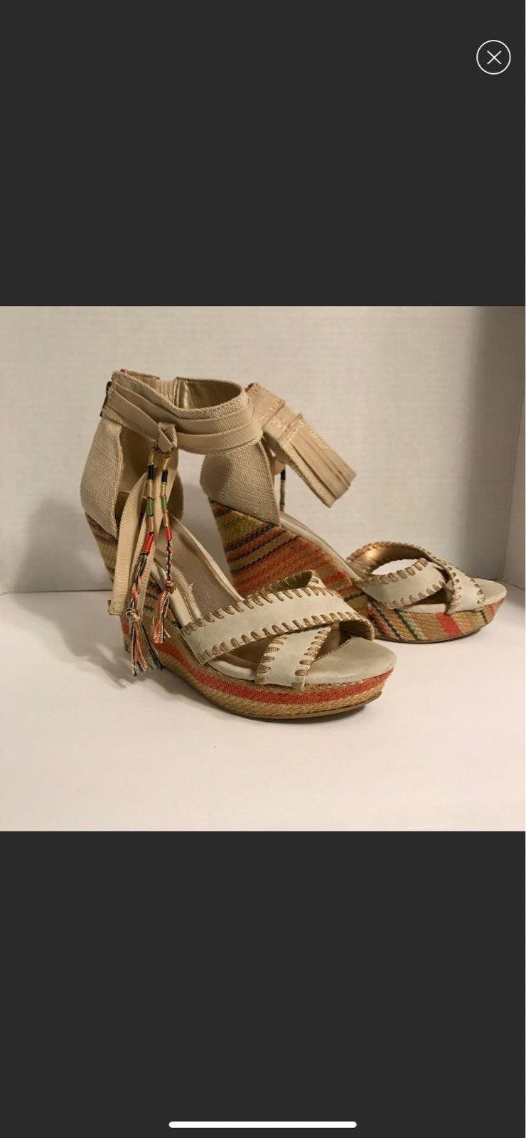 BKE Sole Wedge Sandals sz 8.5