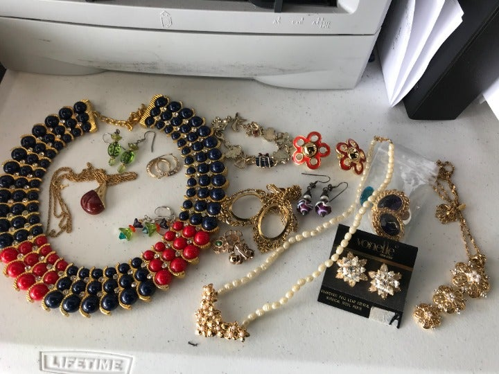 Crown Trifari Lucite Pendant Necklace