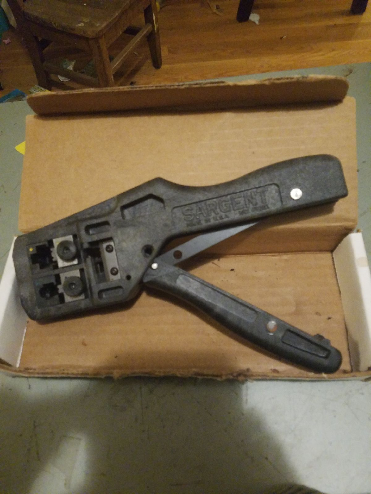 Sargent dual cavity rj11 RJ45 crimp tool
