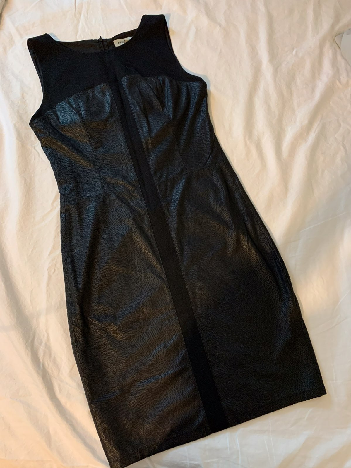 Remain S black dress