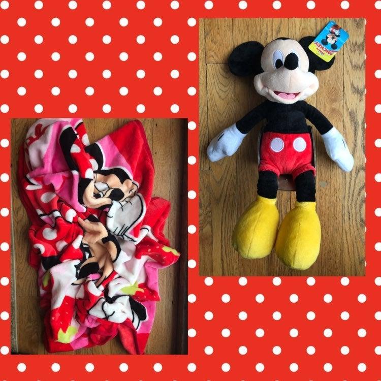 Disney Minnie Mickey plush toy & blanket