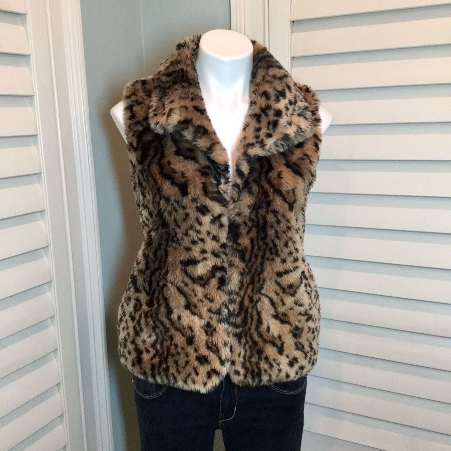 Jack Animal Print Faux Fur Vest, Small