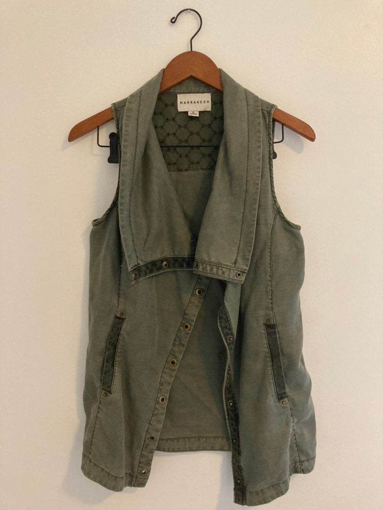 Marrakech green vest