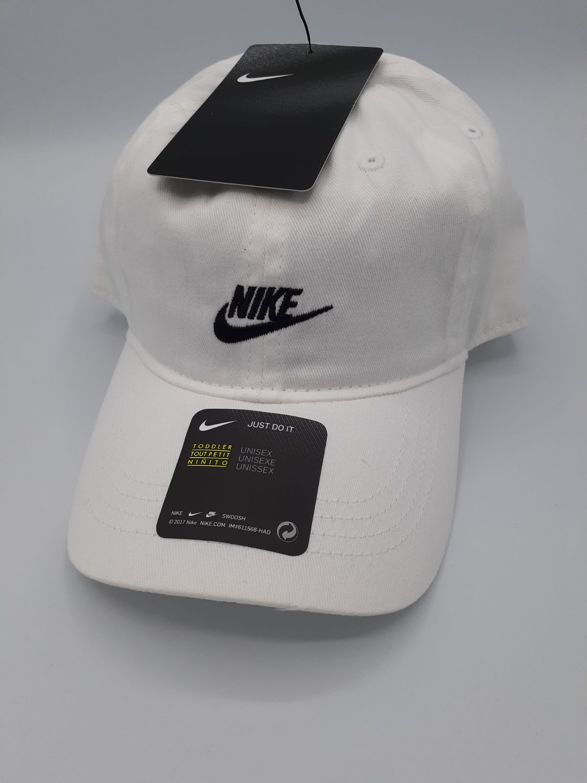 NIKE HAT WHITE COTTON 2-4T ADJUSTABLE NW