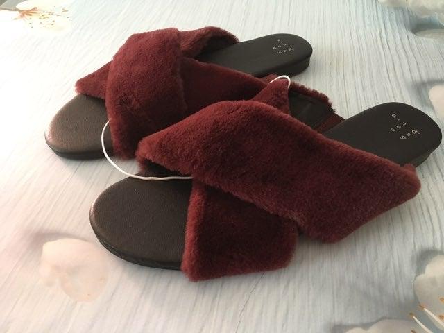 Burgundy Slippers, Size 9