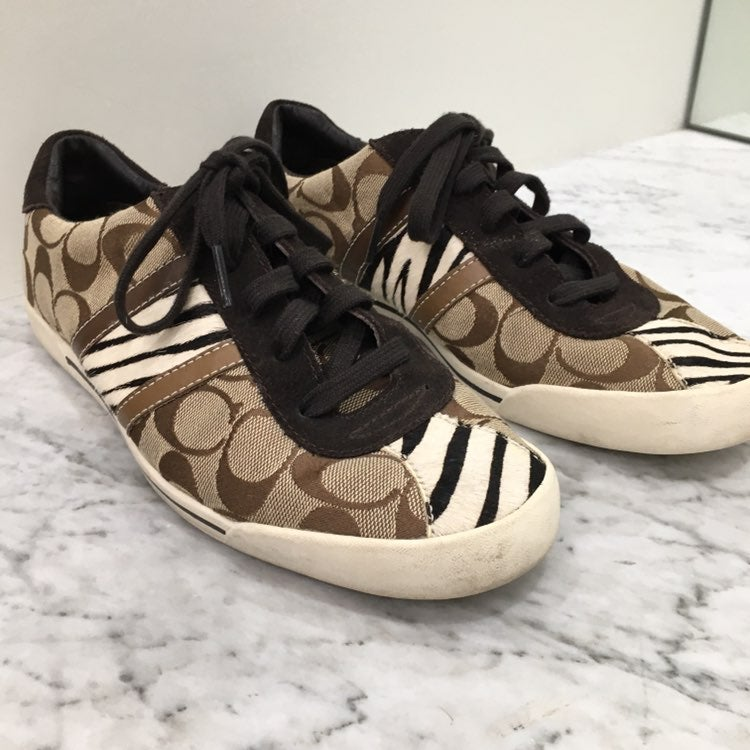 Coach womens 8 1/2 signature sneaker