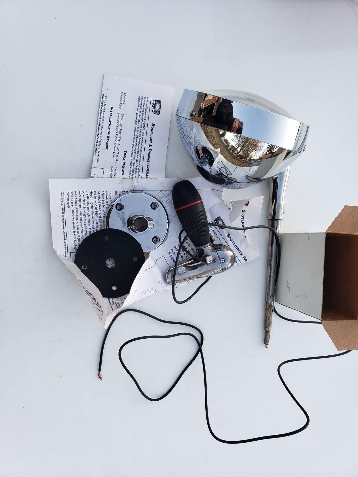Grote 63921 Hand-Adjustable Spotlight