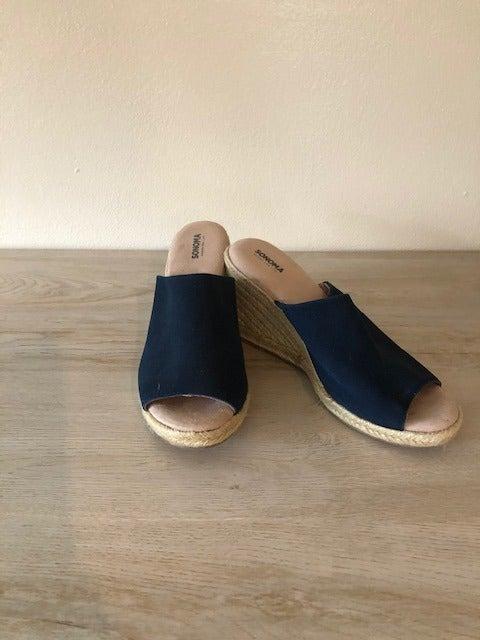 Sonoma navy wedge slip on shoes size 7M