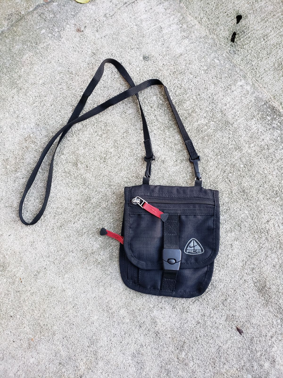 Vintage Nike ACG Essentials Bag